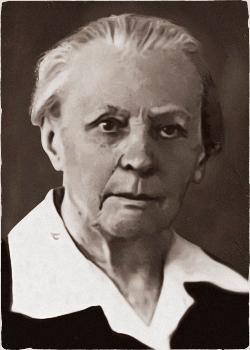 Свердлова (Новгородцева) Клавдия Тимофеевна